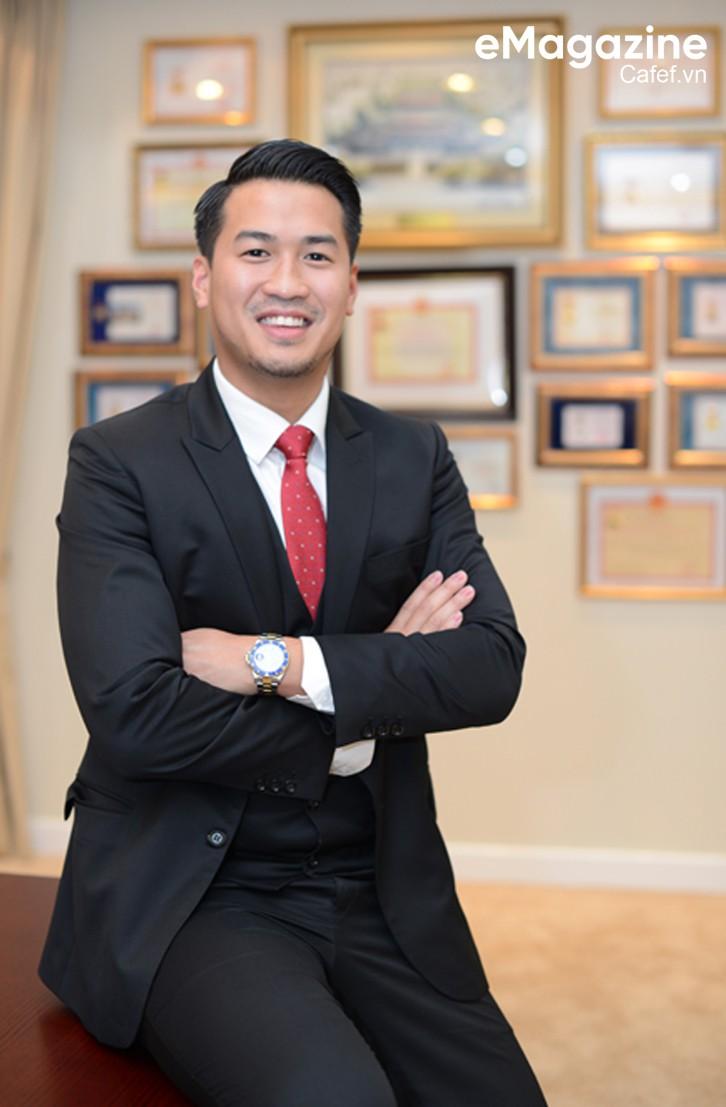 """Phillip Nguyễn: """"Việt Nam là đất nước tôi yêu và muốn sống nốt quãng đời còn lại ở đây!"""" - Ảnh 3."""
