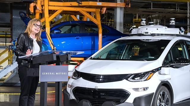 Nữ CEO duy nhất của General Motors: Hồi mới đi làm tôi được khuyên mạnh dạn phát biểu trong cuộc họp và không nên để bất kỳ người đàn ông nào ngắt lời! - Ảnh 1.