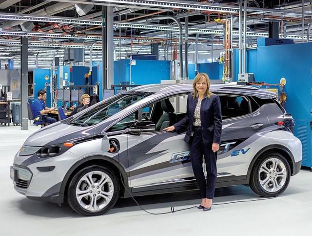 Nữ tướng đầu tiên của General Motors: Người đàn bà quyền lực khiến đấng mày râu kiêng mình kính nể  - Ảnh 1.