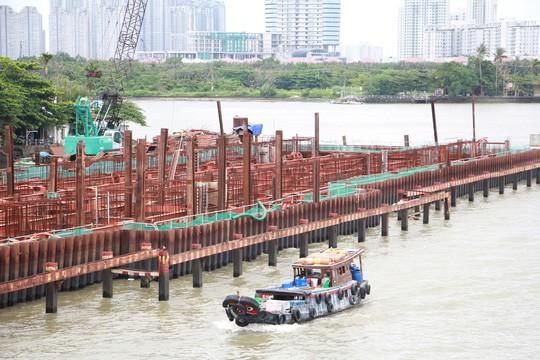 Đề xuất thẩm tra thép Trung Quốc ở dự án chống ngập 10.000 tỉ đồng - Ảnh 1.