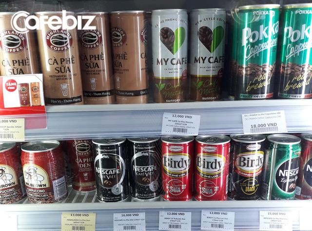 Đại gia Coca-Cola nhảy vào thị trường cà phê lon tại Việt Nam: Ít đường béo hơn Highlands, không pha đậu nành như Nescafé, giá ngang ngửa cà phê lon của Pepsico và Ajinomoto - Ảnh 1.