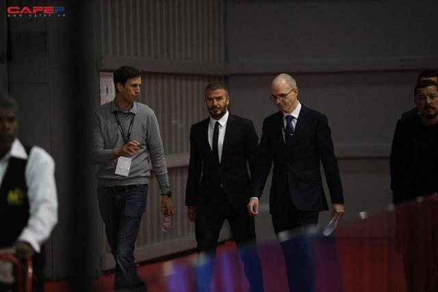 HOT: David Beckham vừa xuất hiện đầy phong độ và đẳng cấp tại sự kiện ra mắt ô tô VINFAST ở Paris! - Ảnh 3.