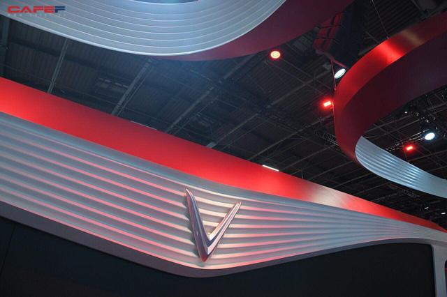 Lộ diện gian hàng và sân khấu khủng của VinFast trước thềm triển lãm Paris Motor Show 2018 - Ảnh 5.