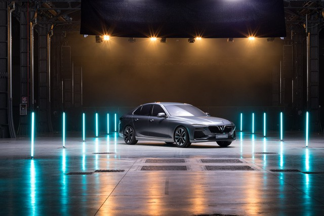 CafeF sẽ truyền hình trực tiếp sự kiện VinFast ra mắt xe tại Paris Motor Show 2018 - Ảnh 2.
