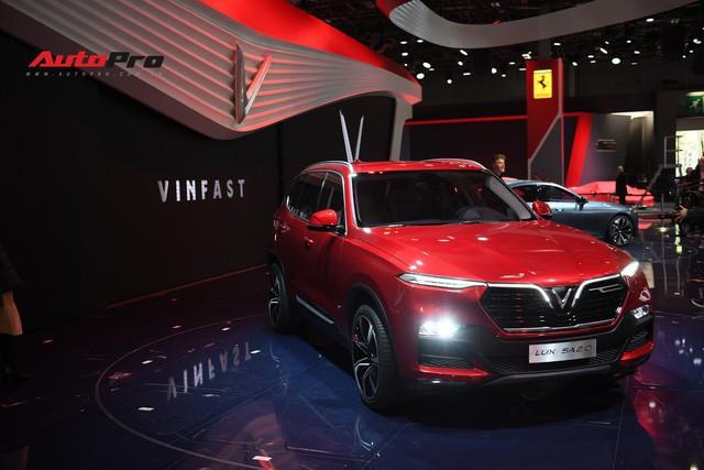 Cận cảnh nội thất SUV VinFast LUX SA2.0: Linh hồn Việt Nam lồng trong thiết kế châu Âu - Ảnh 1.
