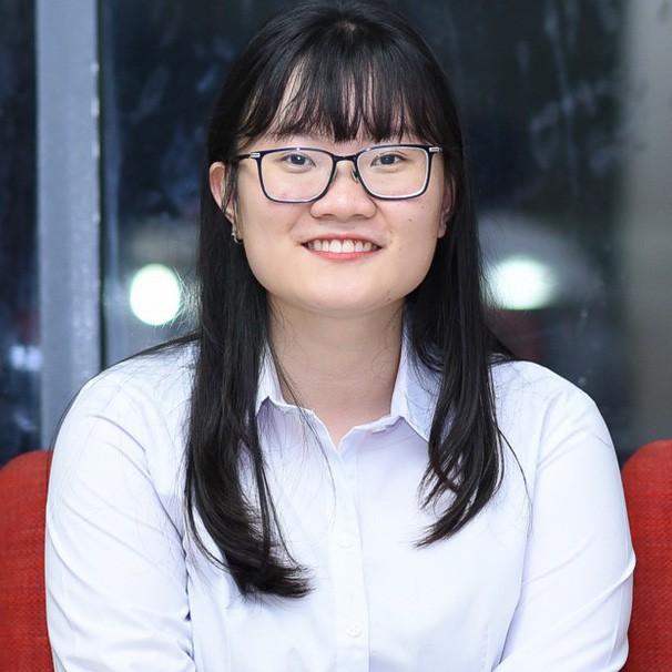 Nữ sinh 2000 giành HCV Olympic Sinh học Quốc tế, đạt kỷ lục thí sinh có điểm thi cao nhất thế giới: Ba lô đến trường nặng 8kg toàn là sách vở - Ảnh 1.