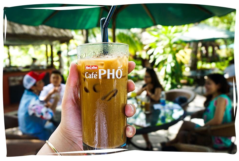 Tận hưởng trọn vẹn cuộc vui trên phố, chỉ cần chạm vào một ly café PHỐ! - Ảnh 8.