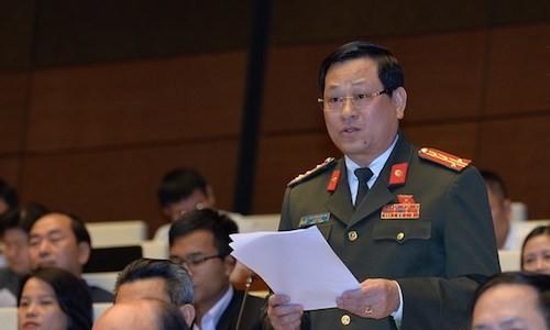 Đại biểu QH lo lắng những con phố xa lộ Đà Nẵng - Quảng Ngãi 34.000 tỉ đồng vừa mưa đã hỏng - Ảnh 1.