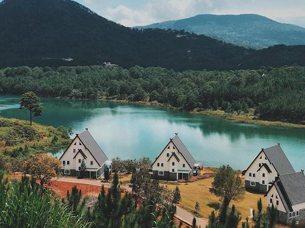Đà Lạt vừa có ngôi làng thu nhỏ châu Âu mới cực hợp để ghé thăm mùa đông này! - Ảnh 1.