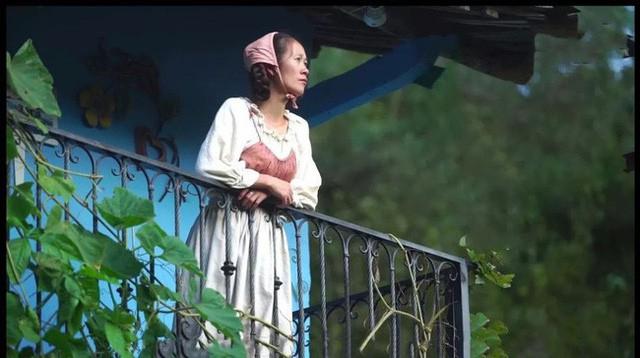 Ngôi nhà trên núi đẹp như tranh vẽ và cuộc sống bình lặng của cô gái tự nhận mình là cô bé Lọ Lem - Ảnh 11.