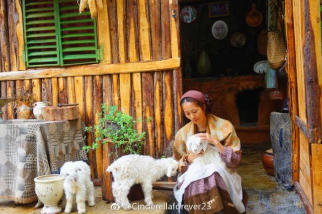 Ngôi nhà trên núi đẹp như tranh vẽ và cuộc sống bình lặng của cô gái tự nhận mình là cô bé Lọ Lem - Ảnh 17.
