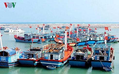 Các lĩnh vực kinh tế biển được phát triển khá đồng bộ - Ảnh 2.