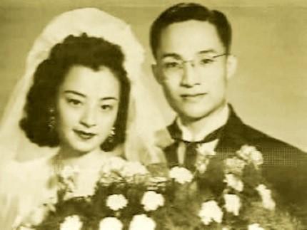 Sự nghiệp thành công vang dội nhưng cuộc đời của đệ nhất  tiểu thuyết gia võ hiệp Kim Dung lại đầy bi kịch  - Ảnh 2.