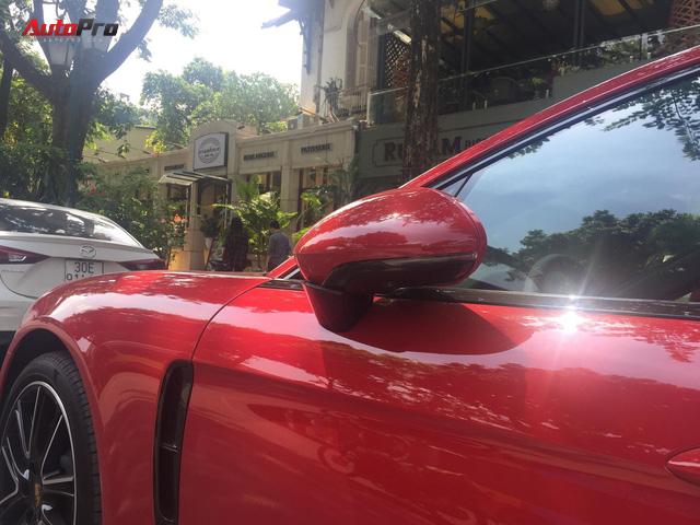Chiếc Porsche Panamera hàng độc với gói tùy chọn trị giá cả tỷ đồng lăn bánh trên phố Hà Nội - Ảnh 7.