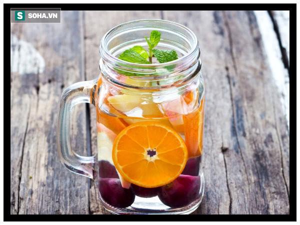 Những loại nước nên uống ngay sau khi ngủ dậy để thải độc giúp cơ thể luôn mạnh khoẻ - Ảnh 1.