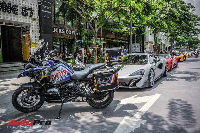 Đại gia khắp Sài Gòn hội tụ dân chơi Bình Phước khoe cả dàn siêu xe hàng độc - Ảnh 33.
