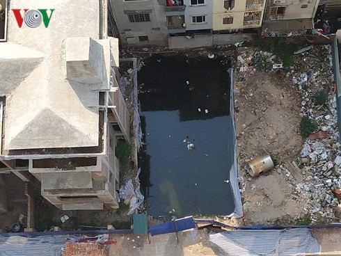 Hà Nội: Hàng loạt bất cập ở chung cư 52 Lĩnh Nam, cư dân bức xúc - Ảnh 1.