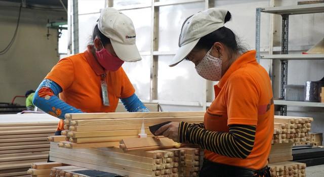 Từ bình luận không phải ngẫu nhiên Samsung đầu tư hơn 17 tỷ USD vào Việt Nam đến lý lẽ về thời vận mới của nước ta giữa lúc Trade War nóng bỏng của SMCP - Ảnh 2.