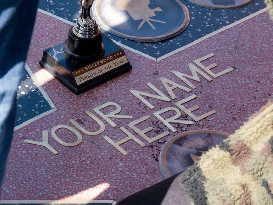 Ngôi sao trên Đại lộ Danh vọng: Hàng thật 40 nghìn đô, hàng fake 1 200 nghìn đồng - Ảnh 3.