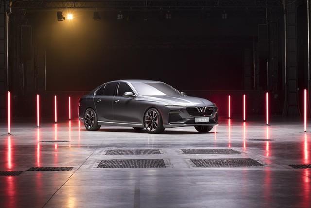Ngày 20/11, VinFast ra mắt 3 dòng sản phẩm ô tô, xe máy điện tại công viên Thống Nhất - Ảnh 1.