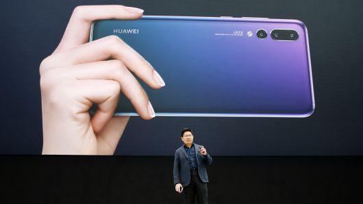 Huawei và tham vọng số một thế giới vào năm 2020 - Ảnh 1.