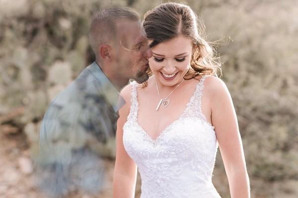 Đây mới là bộ ảnh cưới chạm đáy những trái tim yêu: Hãy giữ chặt lấy nhau khi còn có thể! - Ảnh 4.
