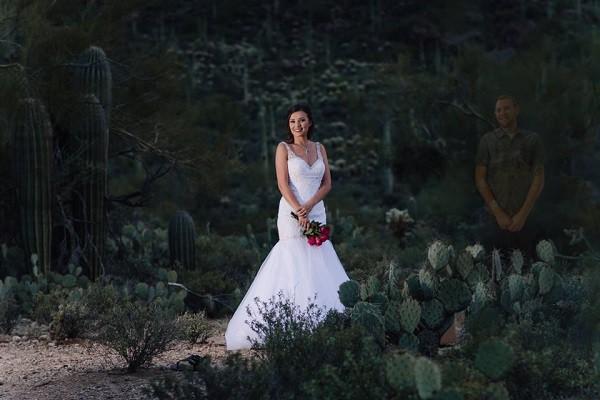 Đây mới là bộ ảnh cưới chạm đáy những trái tim yêu: Hãy giữ chặt lấy nhau khi còn có thể! - Ảnh 5.