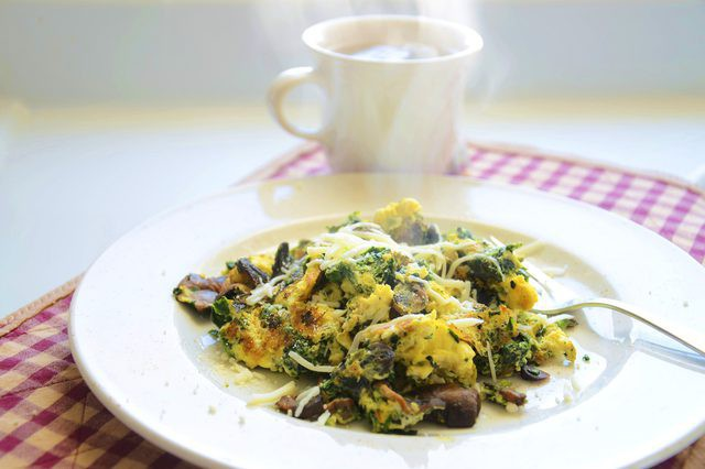 Ăn hơn một quả trứng mỗi ngày có hại gì không? Đây là câu trả lời từ chuyên gia dinh dưỡng - Ảnh 2.