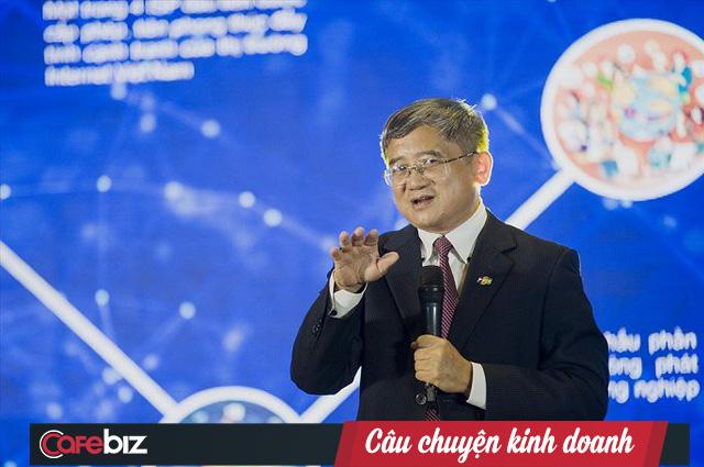 Những doanh nhân xuất thân từ nghề giáo: Từ Chủ tịch FPT Trương Gia Bình đến chủ tịch BKAV Nguyễn Tử Quảng đều từng đứng trên bục giảng - Ảnh 2.