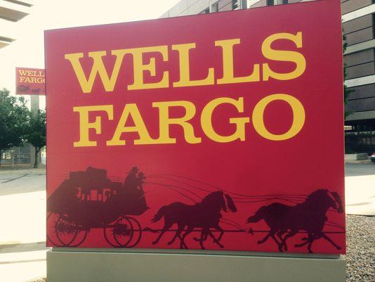 Bị ép doanh số như bã mía, nhân viên Wells Fargo đã tạo hơn 3,5 triệu tài khoản giả mạo, khiến 5.300 người bị sa thải, công ty bị phạt 185 triệu USD - Ảnh 1.