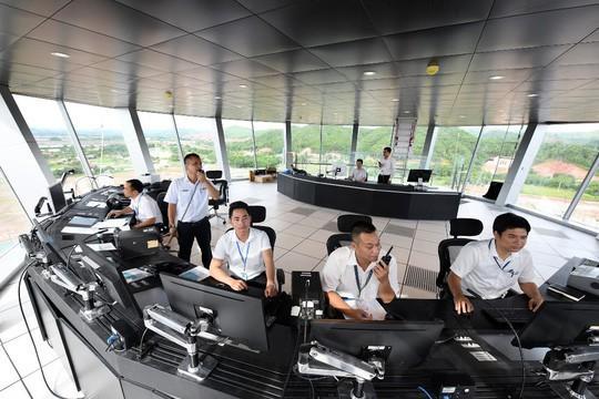 Hoàn thiện nhà ga, tháp không lưu sân bay Vân Đồn 7.700 tỉ đồng - Ảnh 2.