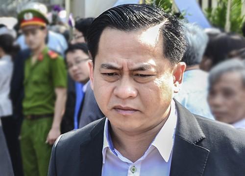 Áp giải Vũ nhôm vào Sài Gòn chuẩn bị cho phiên xét xử đại án ngân hàng Đông Á - Ảnh 2.