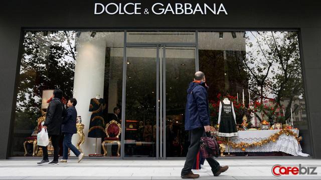 Scandal đôi đũa ngốn hàng trăm triệu USD của Dolce & Gabbana - Ảnh 2.