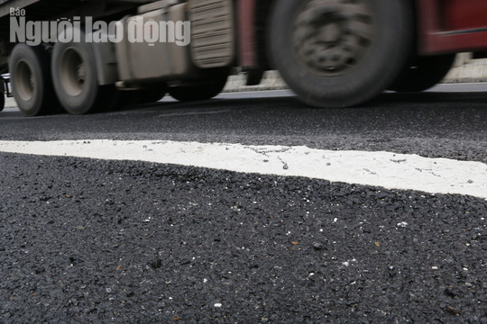 Cận cảnh hằn lún trên đường cao tốc Đà Nẵng – Quảng Ngãi - Ảnh 11.