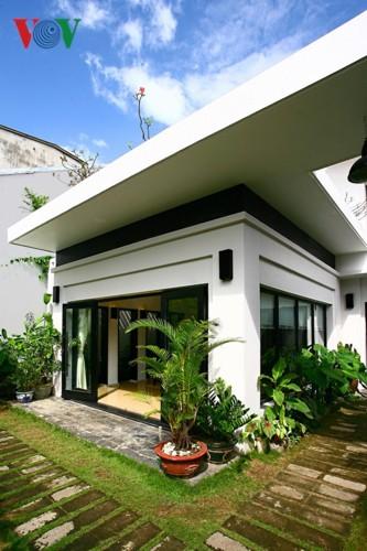 Ngôi nhà giản dị của 1 nhà giáo ở Đà Nẵng - Ảnh 2.