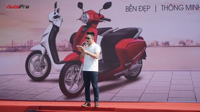 Loạt xe máy điện thông minh VinFast chạy thử tại Hà Nội ngay sau khi ra mắt - Ảnh 6.