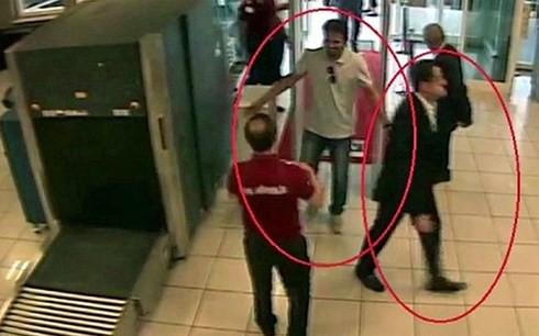 Thi thể nhà báo Khashoggi được nhét vào 5 va ly sau khi bị phân xác - Ảnh 1.