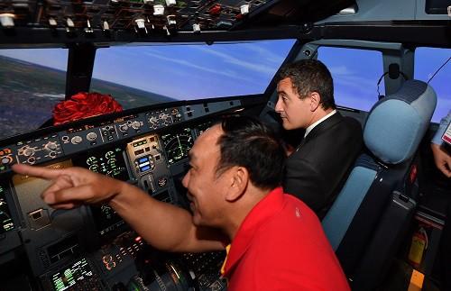 Vietjet nhận Tổ hợp buồng lái mô phỏng tàu bay, tiến gần hơn đến làm chủ khoa học kỹ thuật tiên tiến - Ảnh 6.