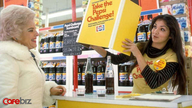 Sai lầm marketing lớn nhất mọi thời đại của Coca Cola: Có mới nới cũ, khai tử Coke nguyên bản để làm New Coke, bị khách hàng trung thành phẫn nộ tẩy chay - Ảnh 1.