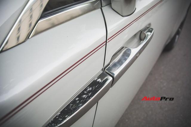Đại gia Hà Thành phối màu lạ lẫm cho Rolls-Royce Wraith - Ảnh 12.