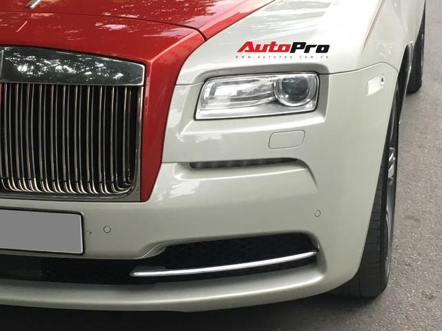Đại gia Hà Thành phối màu lạ lẫm cho Rolls-Royce Wraith - Ảnh 4.