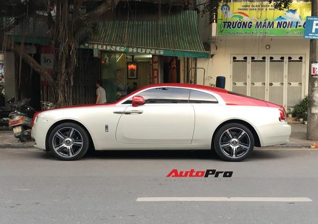 Đại gia Hà Thành phối màu lạ lẫm cho Rolls-Royce Wraith - Ảnh 5.