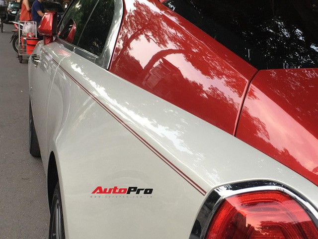 Đại gia Hà Thành phối màu lạ lẫm cho Rolls-Royce Wraith - Ảnh 7.