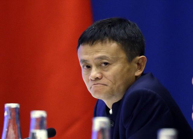 Jack Ma bất ngờ bị vượt mặt, không còn là người giàu nhất Trung Quốc - Ảnh 1.