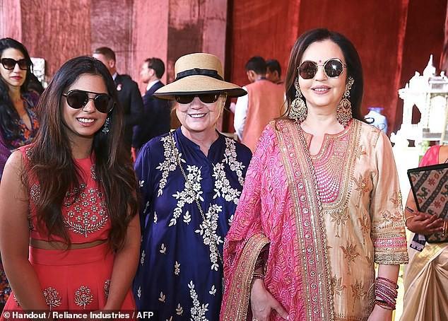 Đám cưới rich kid giàu nhất Ấn Độ: Dàn khách mời siêu khủng từ Hillary Clinton đến Beyonce đều có mặt - Ảnh 4.