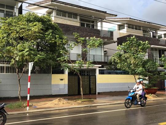 Phong tỏa nhiều tài sản liên quan đến ông Trần Bắc Hà tại quê nhà - Ảnh 1.