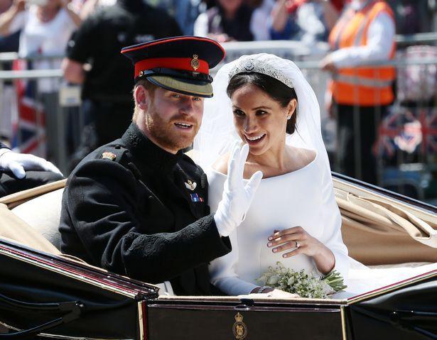 Meghan trở thành cái tên được tìm kiếm nhiều nhất ở Anh và Hoàng tử Harry bất lực về những vụ lùm xùm của vợ - Ảnh 1.