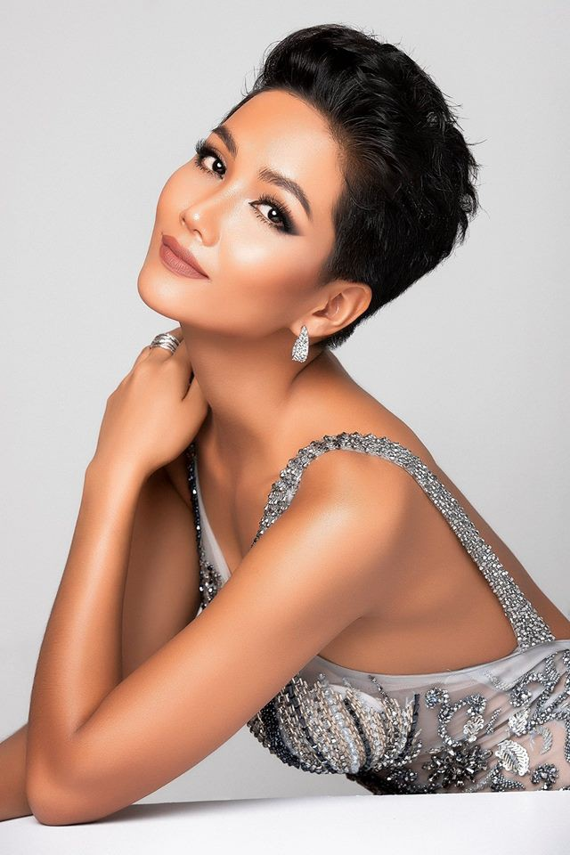 Những hình ảnh đẹp khó quên đưa HHen Niê tới kỳ tích top 5 Miss Universe: Từ bikini tới đầm sequin dạ hội, tất cả đều chinh phục trái tim người hâm mộ!  - Ảnh 4.