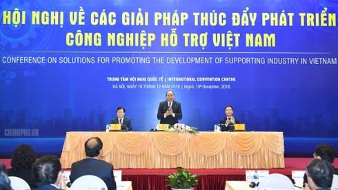 """""""Bánh đà"""" của nền công nghiệp Việt Nam còn yếu - Ảnh 1."""