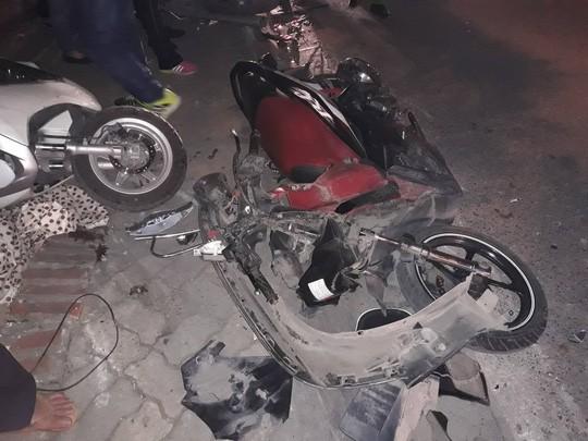 Sức khỏe các nạn nhân vụ nữ tài xế xe Lexus tông liên hoàn 7 phương tiện ra sao? - Ảnh 1.